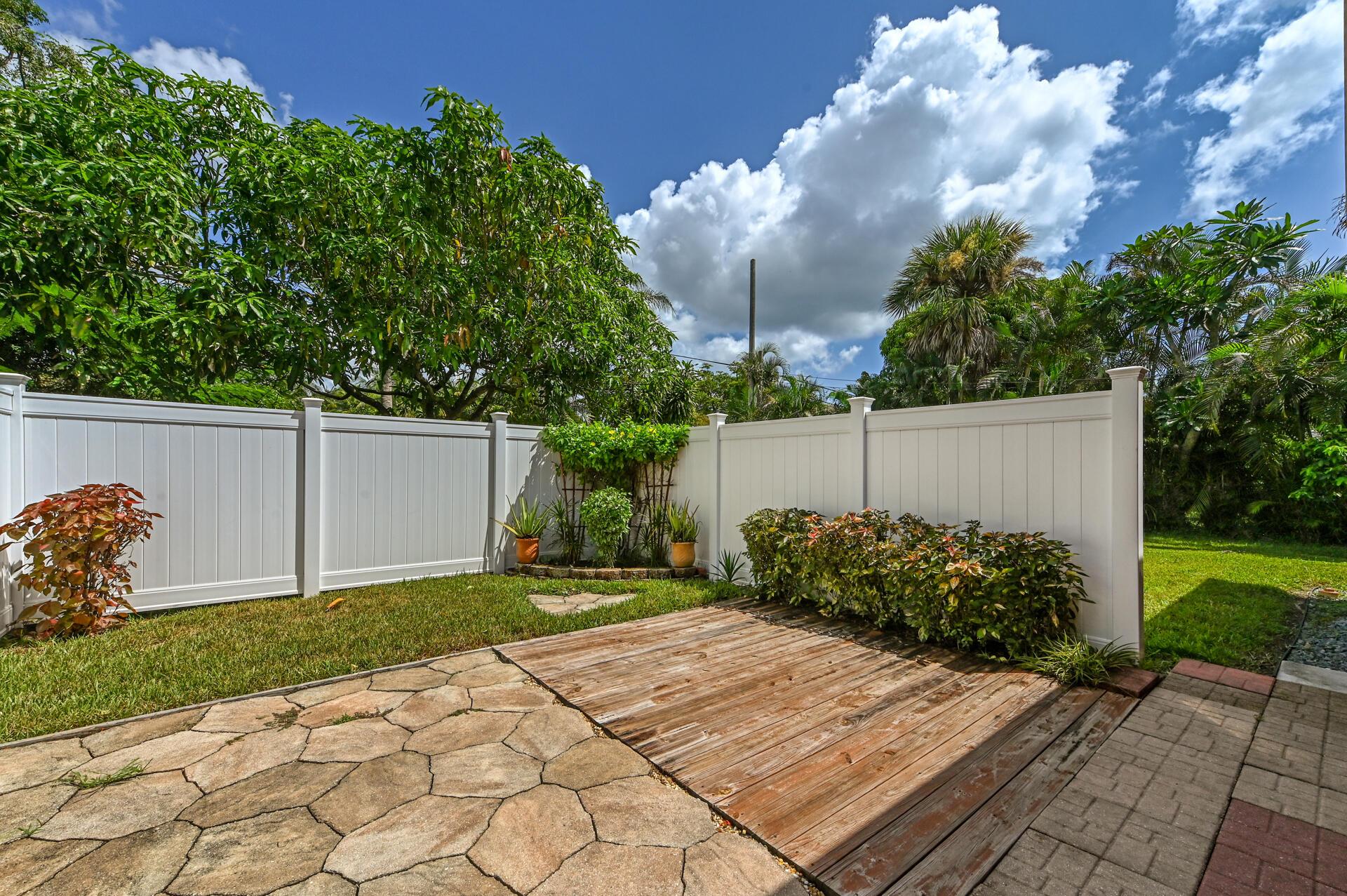 1045 Francis Street West Palm Beach, FL 33405 photo 30