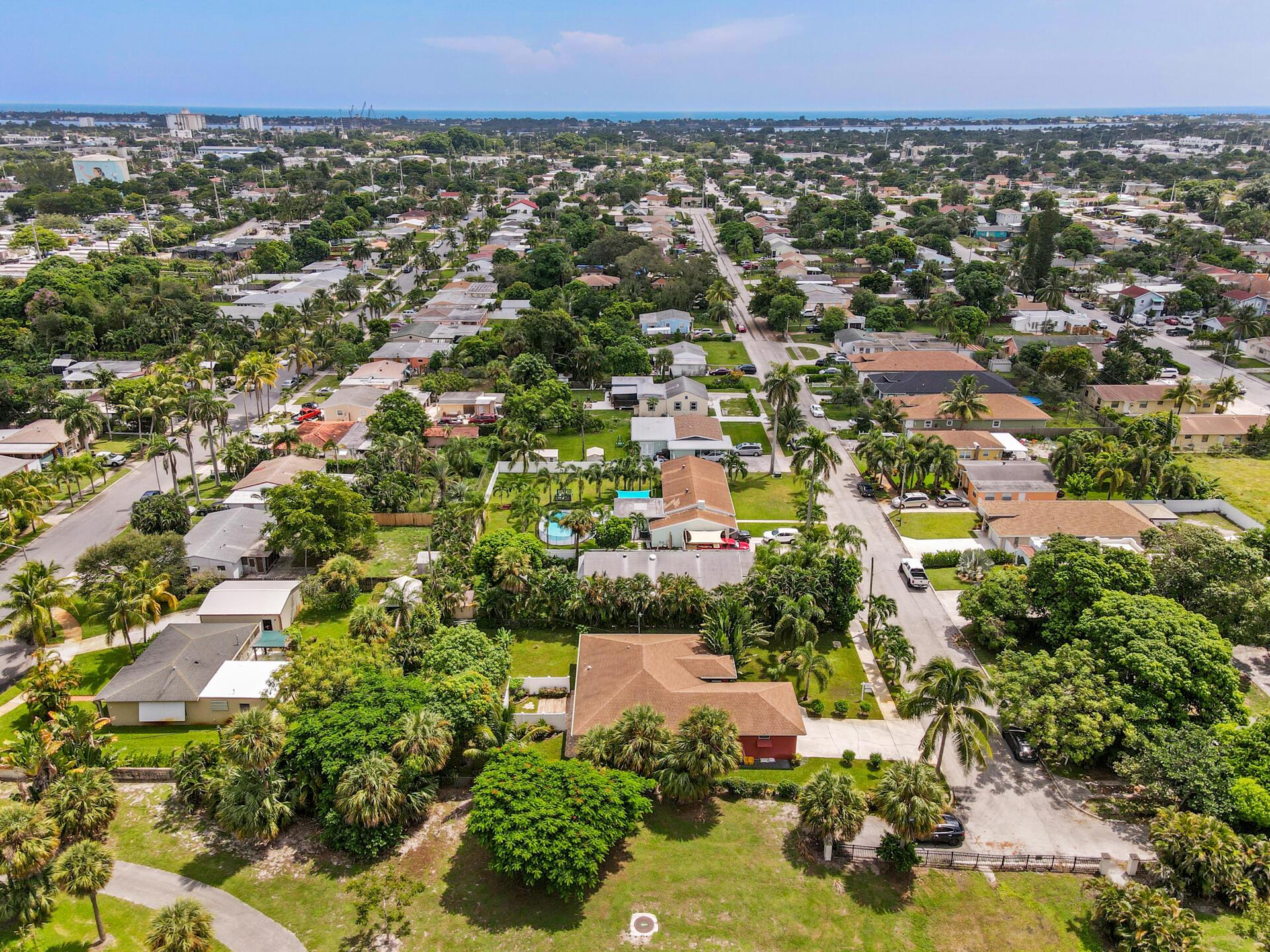 1045 Francis Street West Palm Beach, FL 33405 photo 44