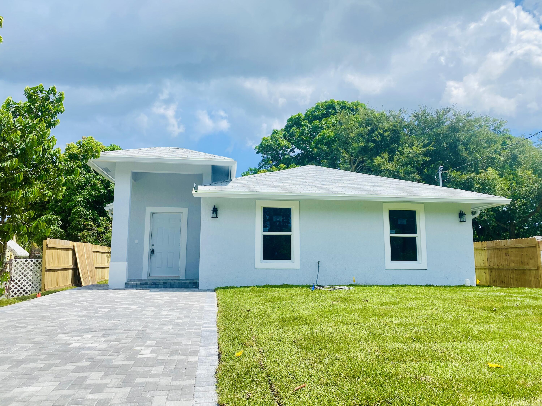 Photo of 140 Sunbeam Avenue, West Palm Beach, FL 33413