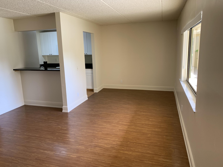 1006  Meadows Circle  For Sale 10746940, FL