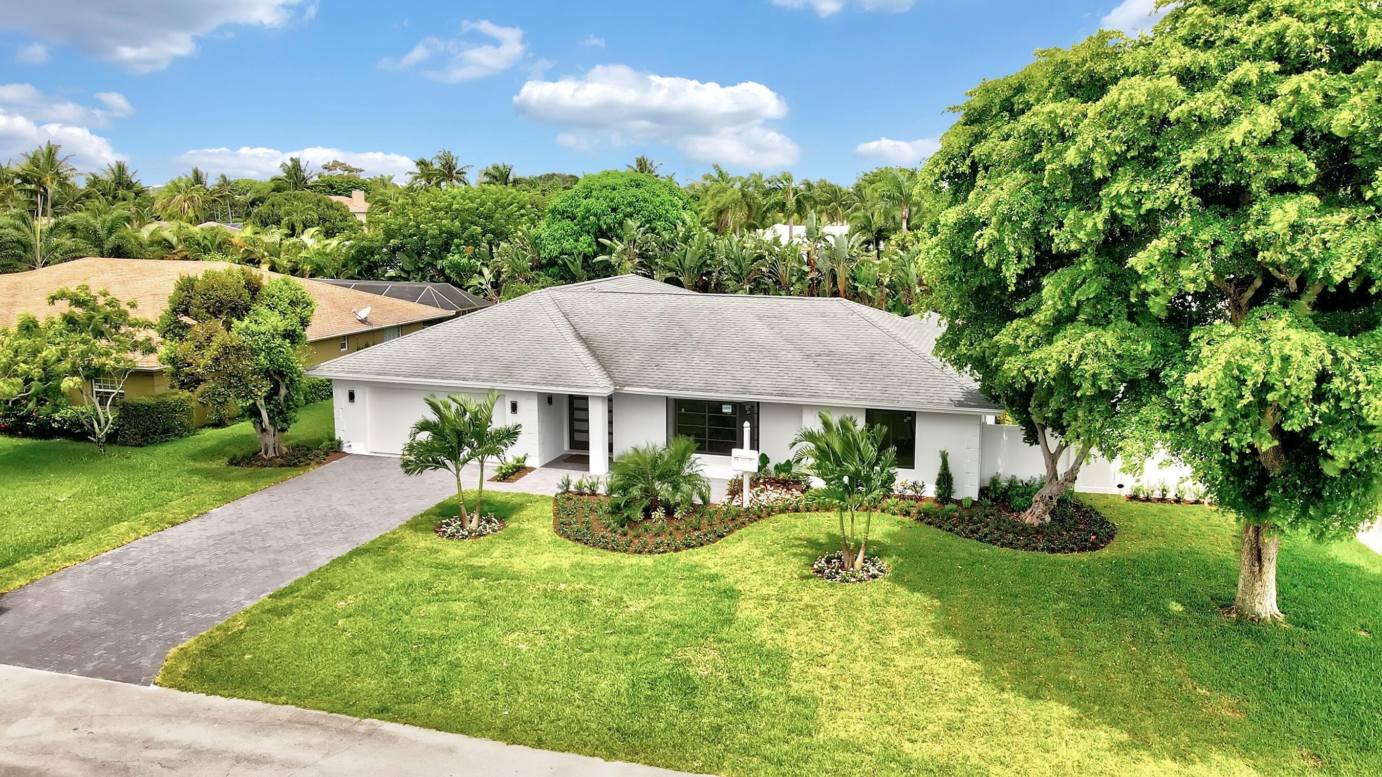 Home for sale in Lake Eden Lake Ida Delray Beach Florida