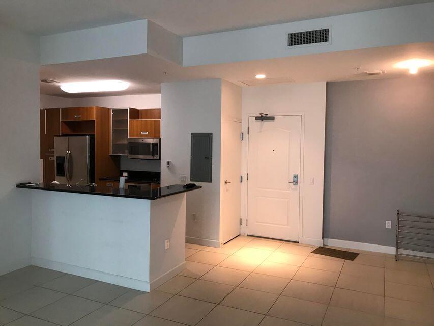 410  Evernia Street 325 For Sale 10744208, FL