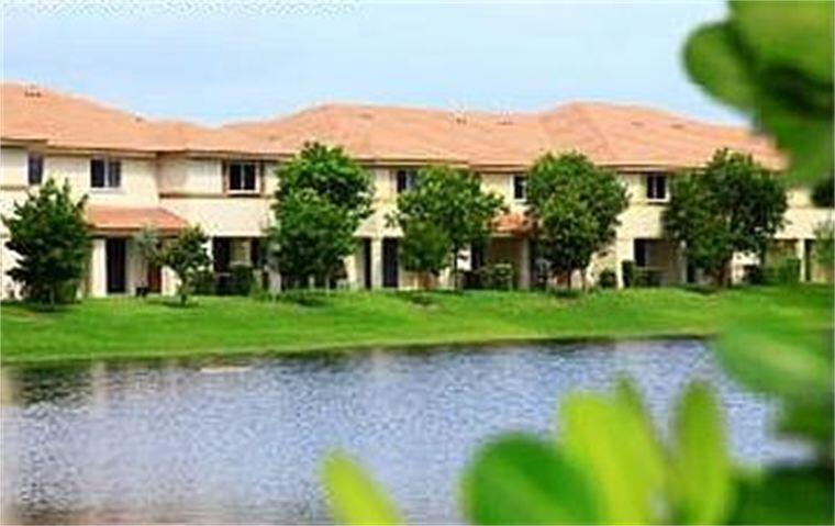 1922  Hibiscus Lane  For Sale 10743983, FL