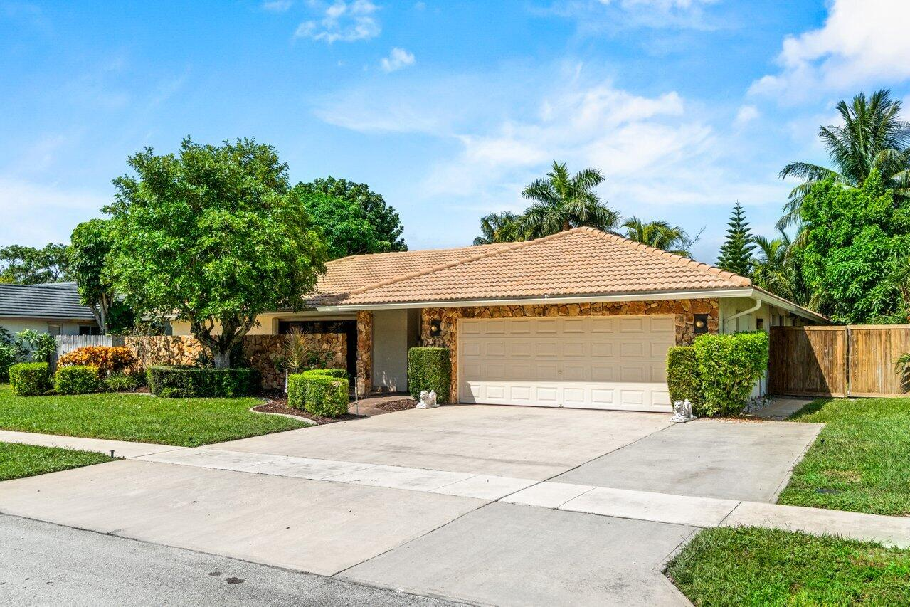 1967 SW 7th Court  For Sale 10744080, FL