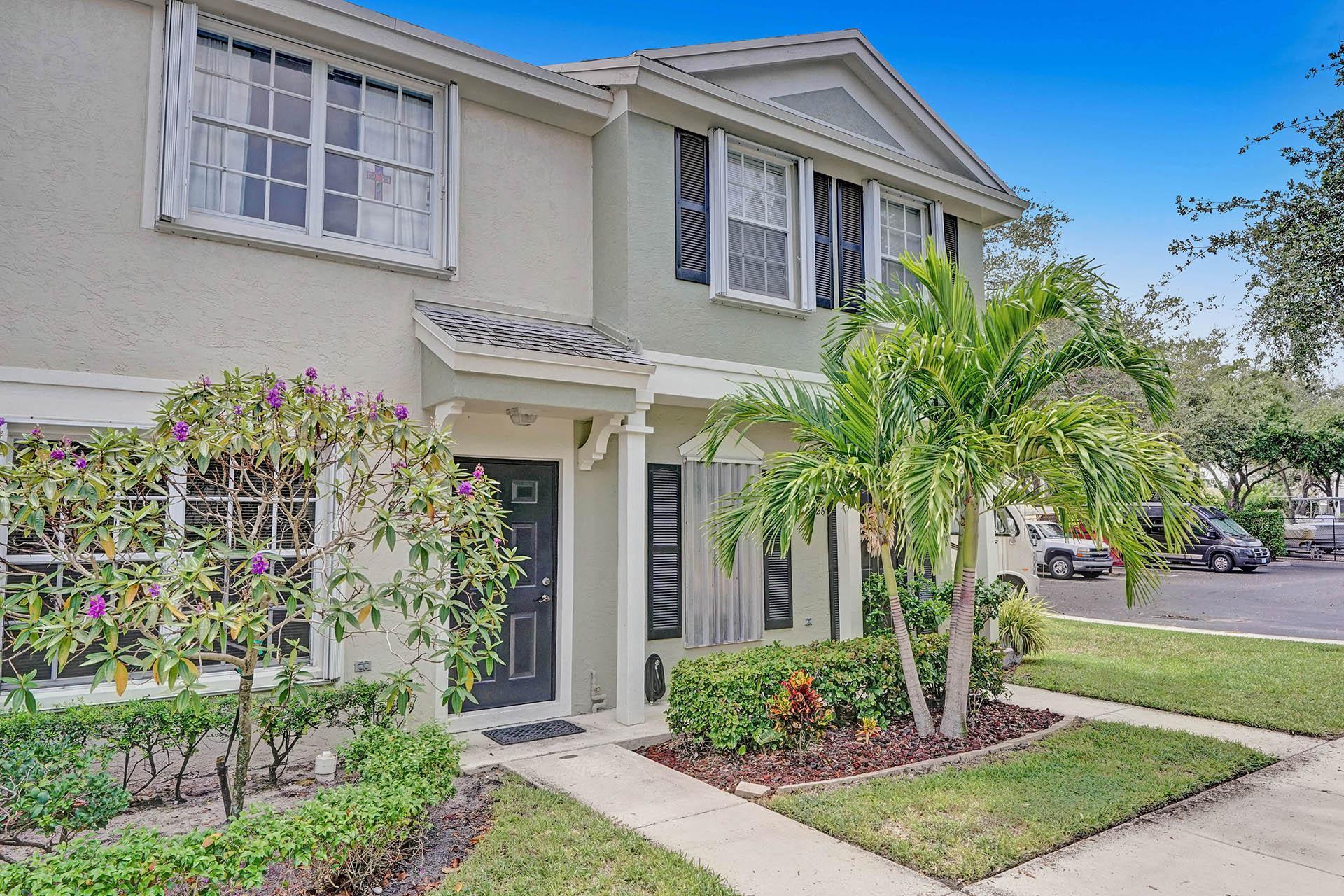 828  Kokomo Key Lane  For Sale 10744056, FL