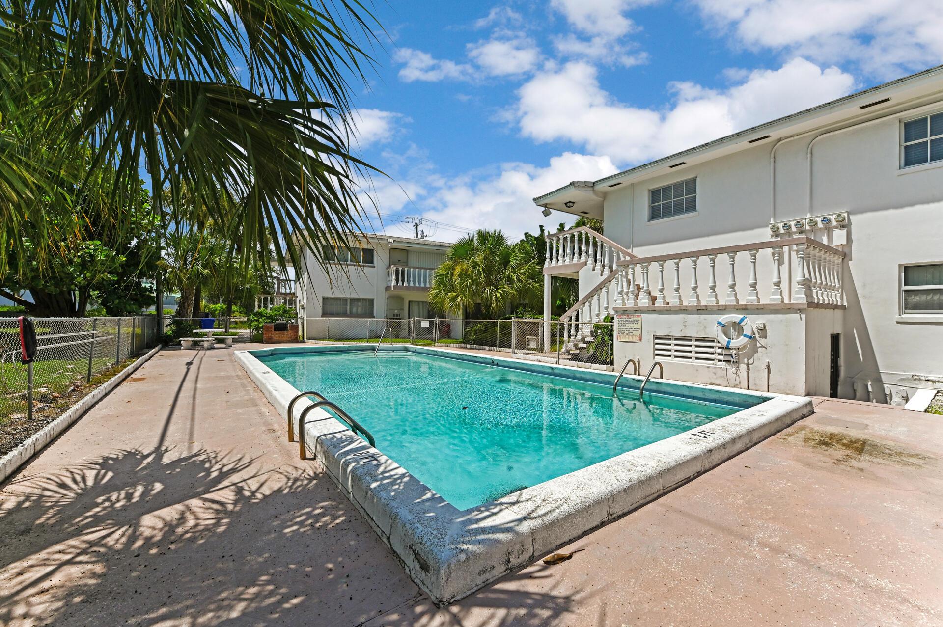 148 Yacht Club Drive 13 North Palm Beach, FL 33408 photo 18