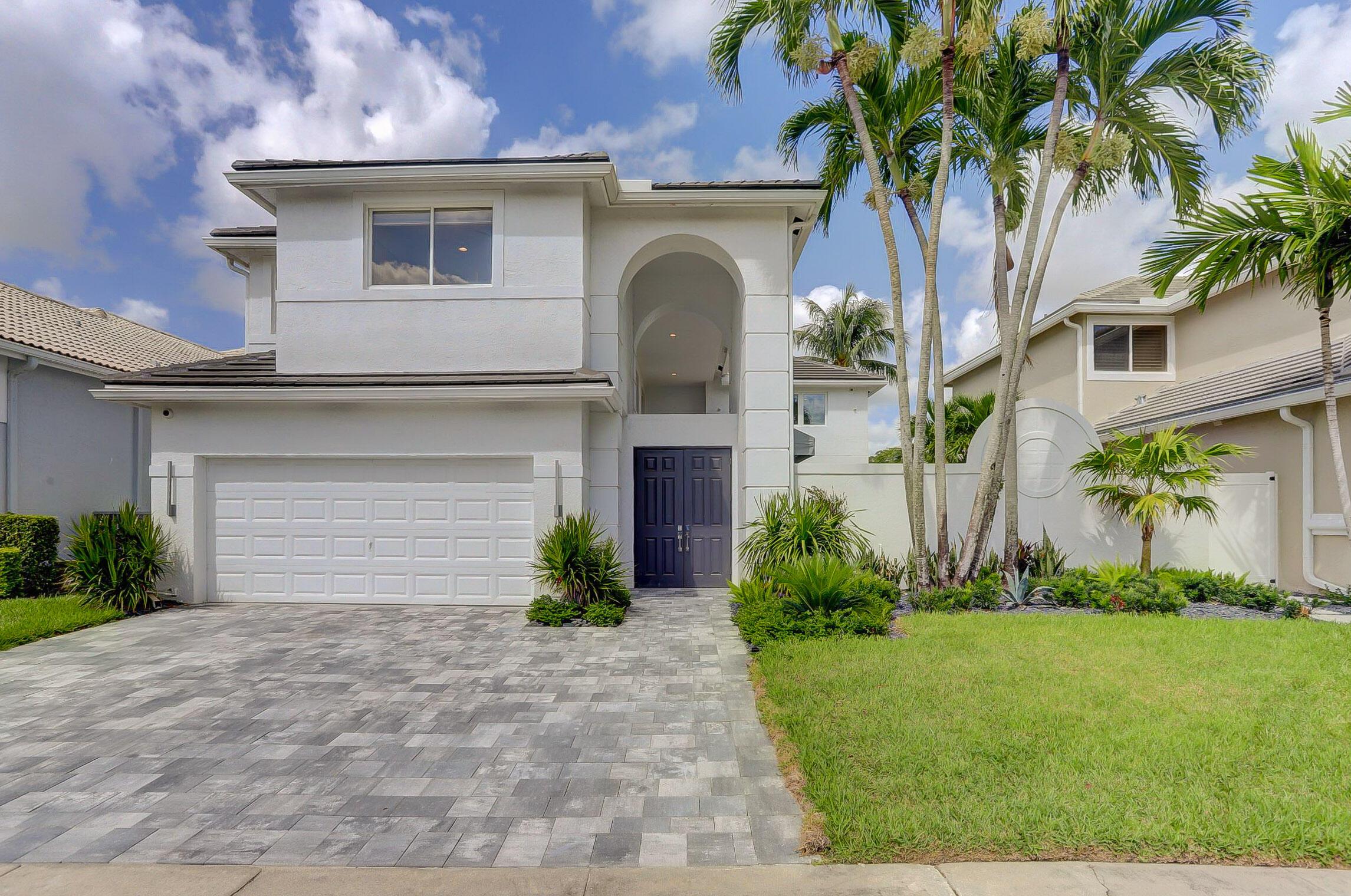 5779  Regency Circle  For Sale 10744469, FL