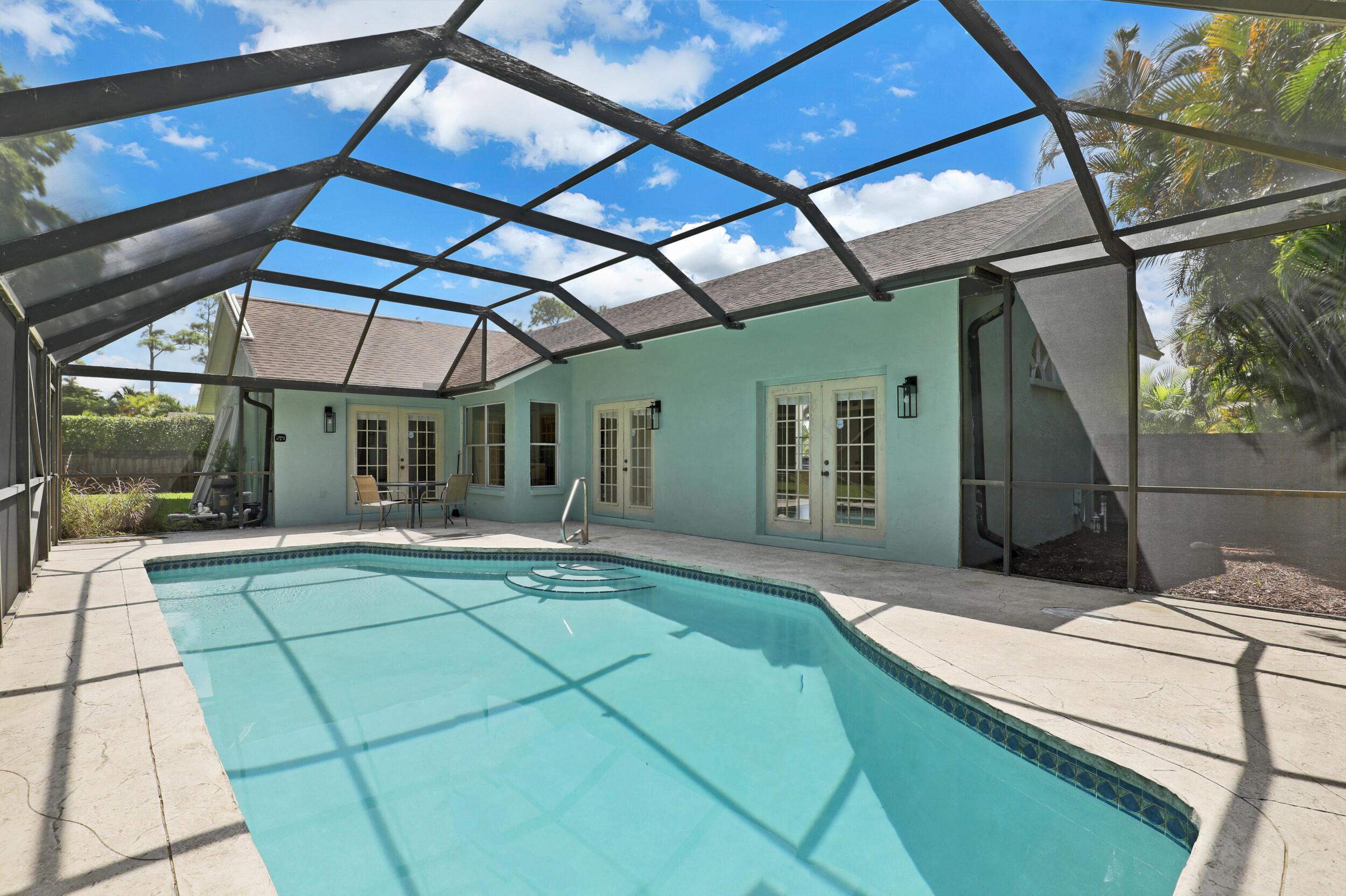9987 Pine Run Court Lake Worth, FL 33467