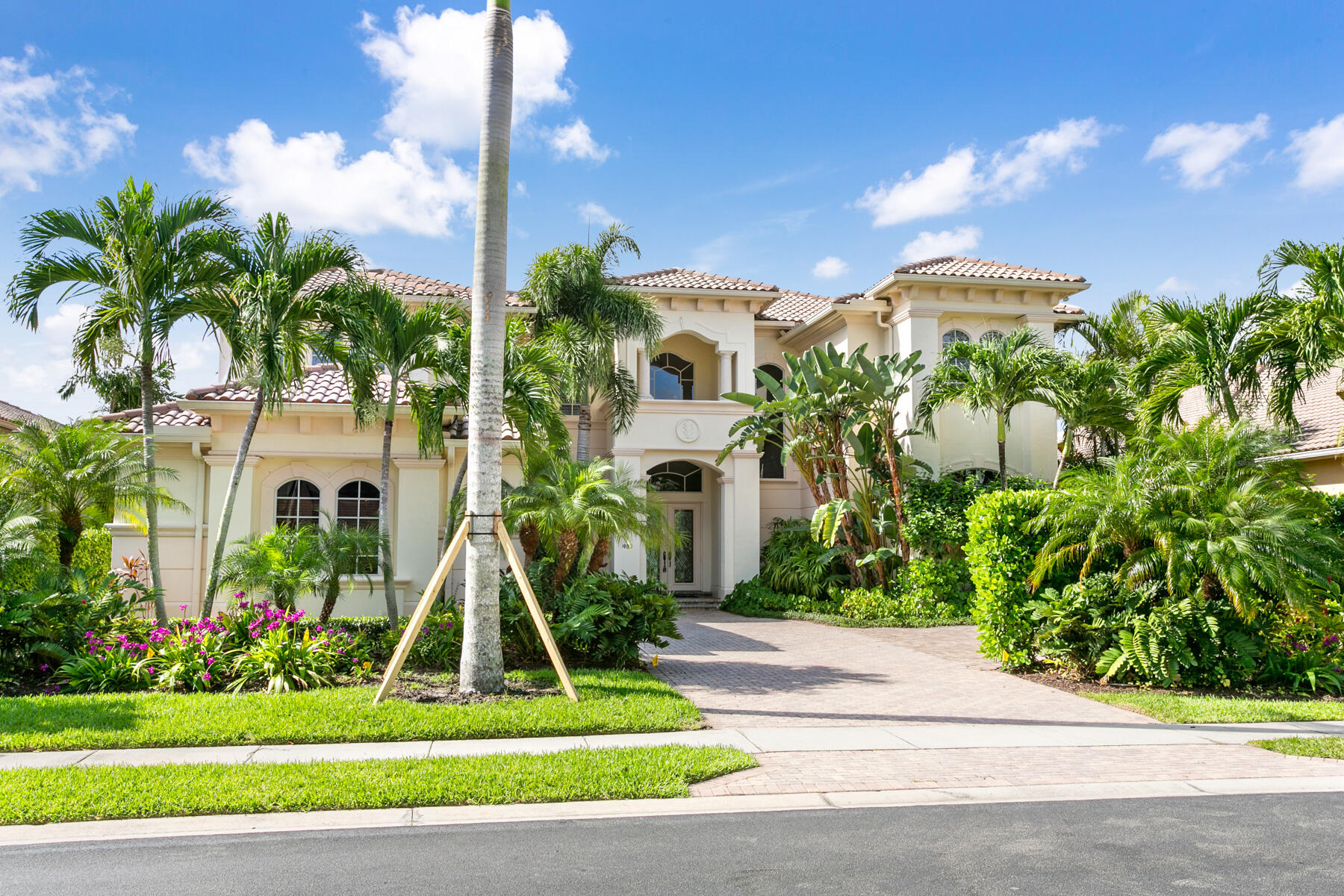 Home for sale in FRENCHMANS RESERVE PCD D Palm Beach Gardens Florida