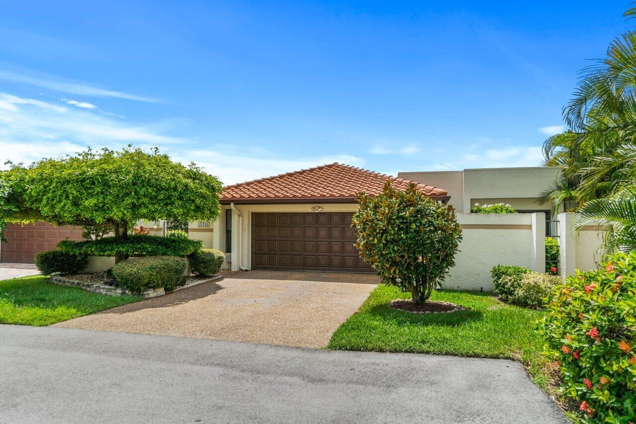21525  Laguna Drive  For Sale 10745445, FL