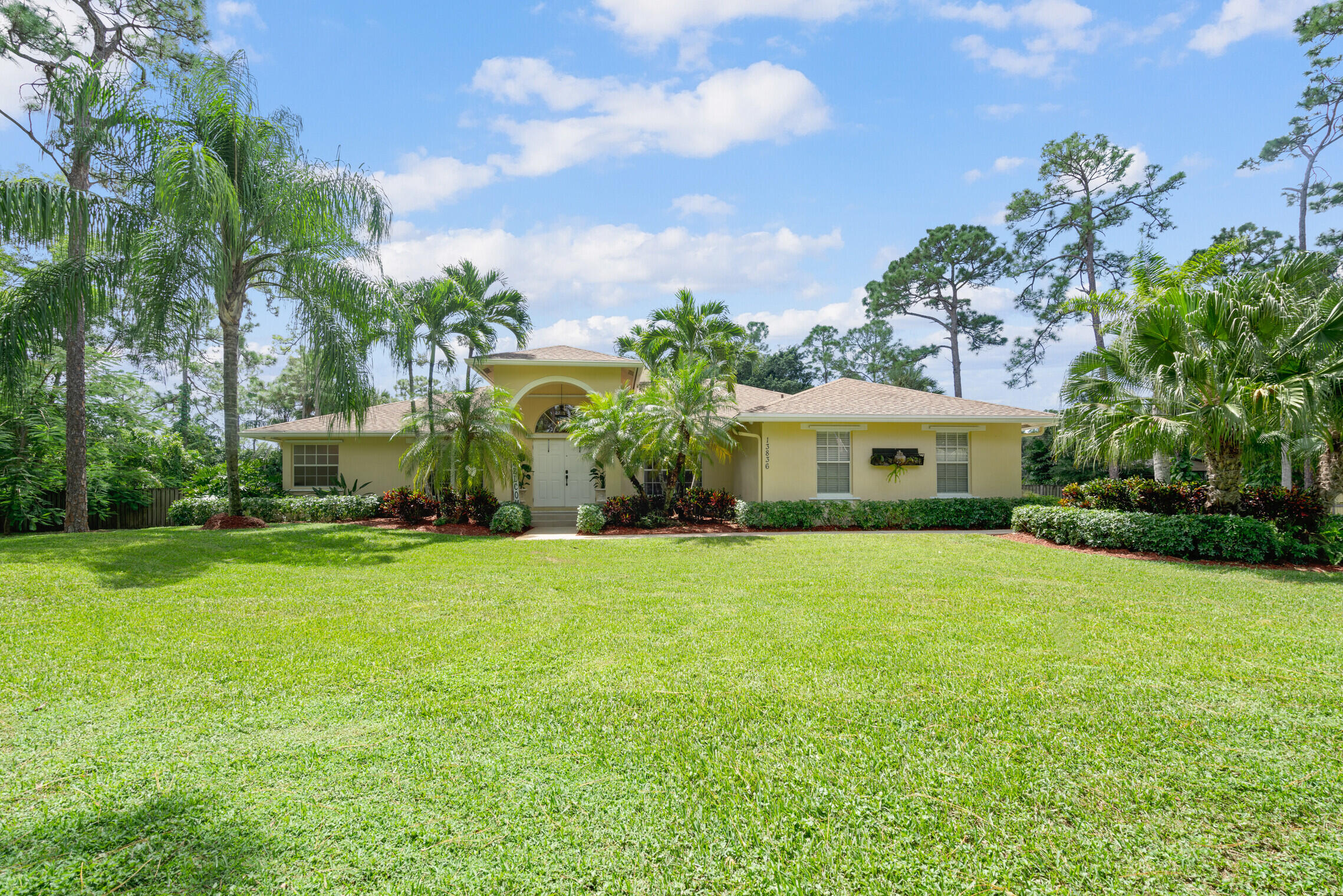 13836  58th Court  For Sale 10742191, FL