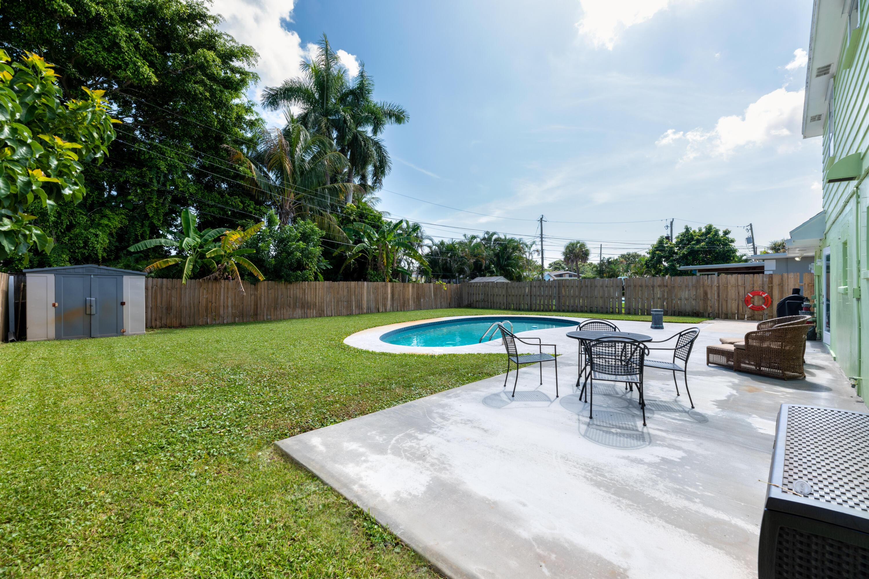 674 Crocus Court Palm Beach Gardens, FL 33410 photo 17
