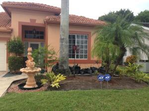 6781 Hollandaire Drive W, Boca Raton, FL 33433