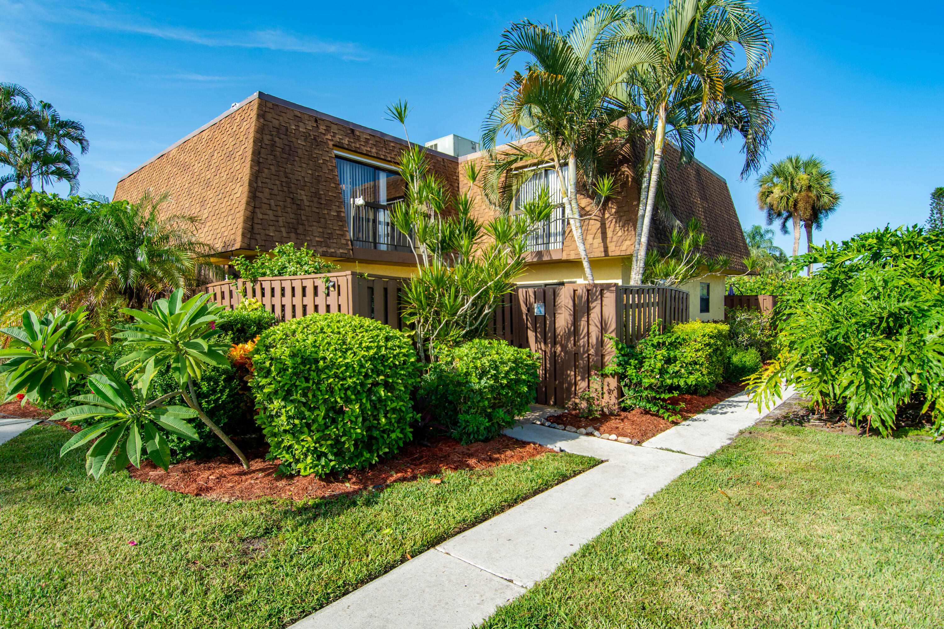 Home for sale in SIMS CREEK PH II Jupiter Florida
