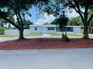 9429 Silverthorne Drive, Palm Beach Gardens, FL 33403
