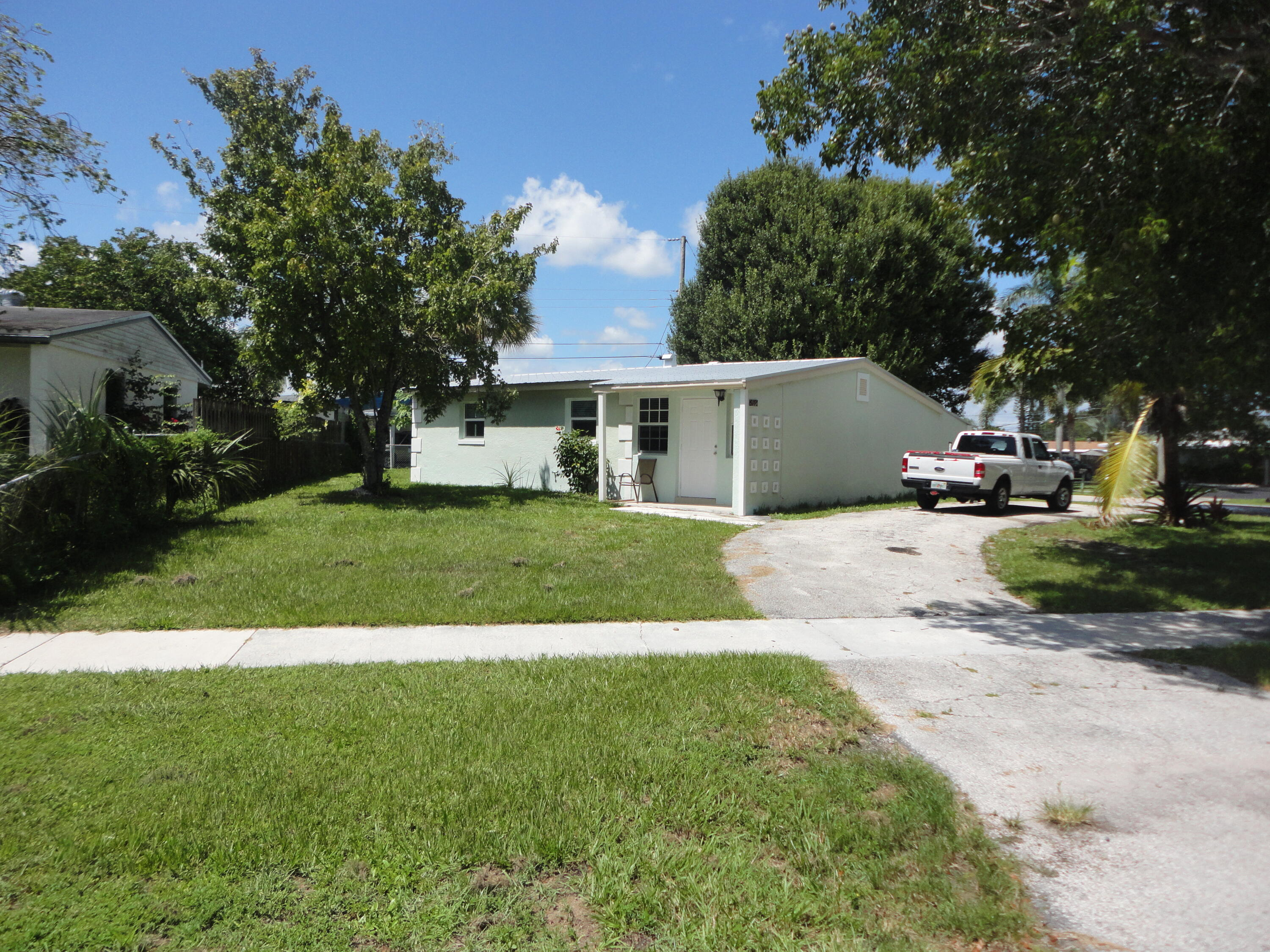 9191  Keating Drive  For Sale 10744686, FL