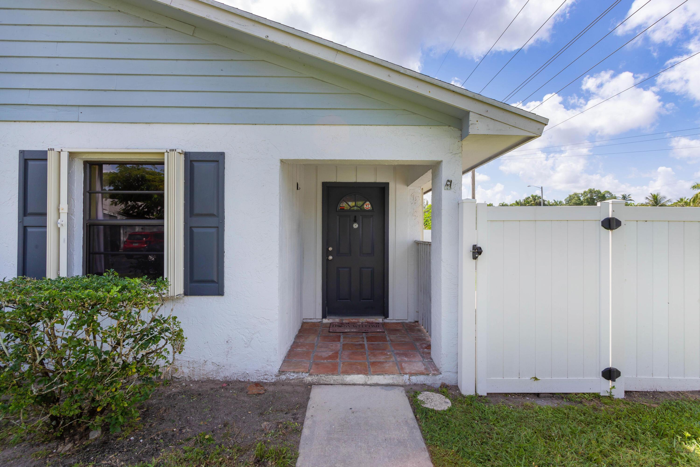 4386 Walden Circle Lake Worth, FL 33463 photo 5