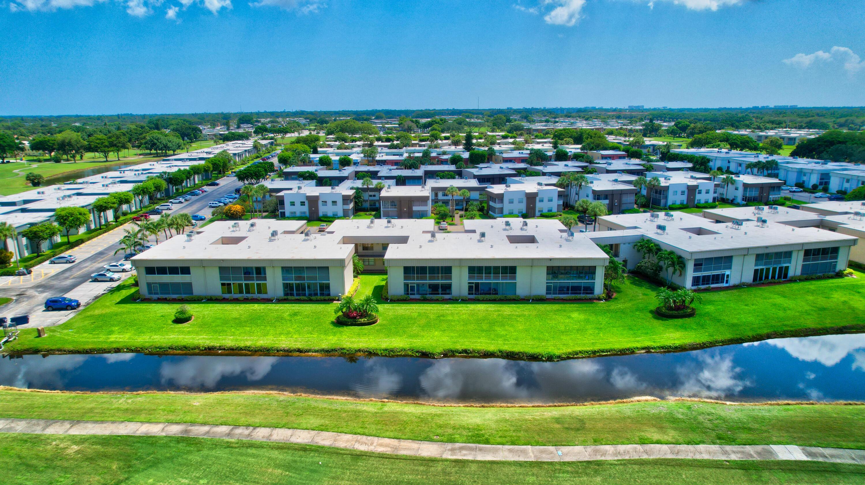 440 Piedmont J Delray Beach, FL 33484 photo 43