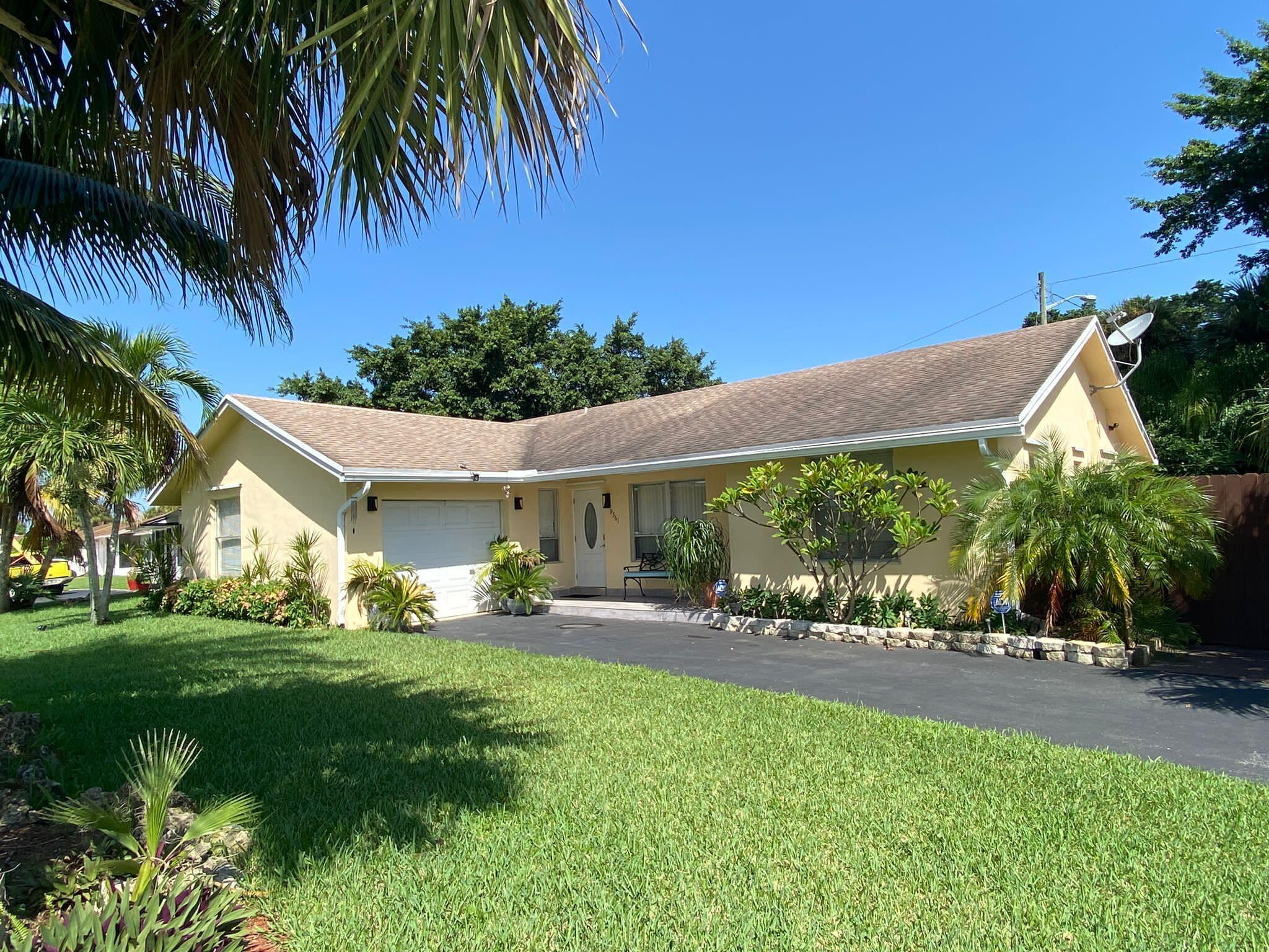 9361  Southampton Place  For Sale 10744938, FL