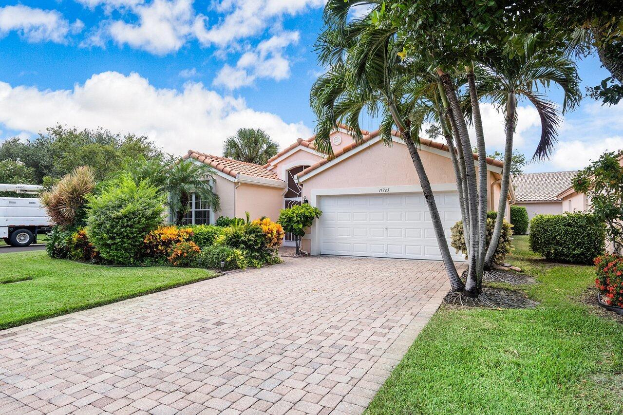 11745  Dove Hollow Avenue  For Sale 10744916, FL