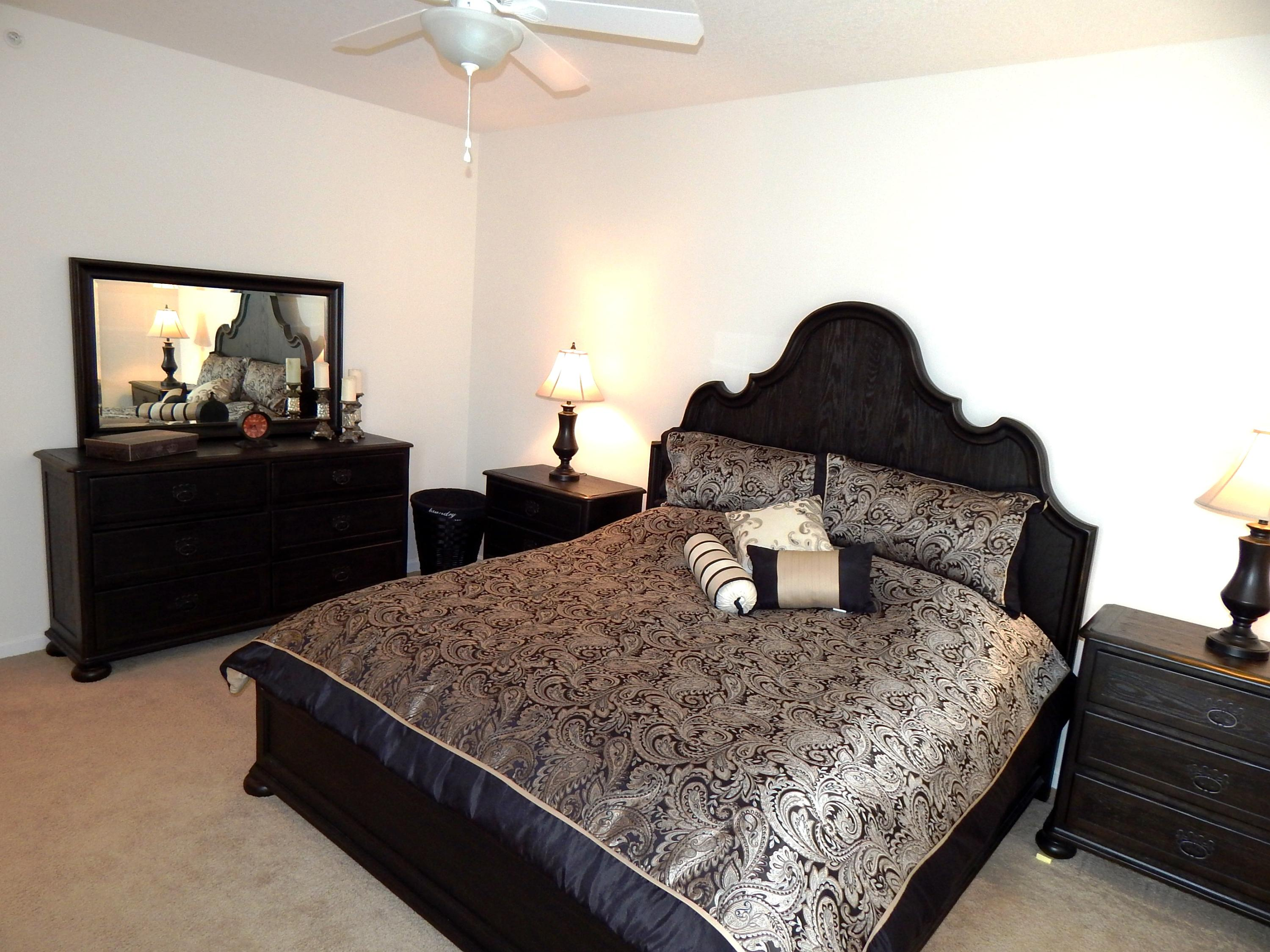 MaBdrm KING SIZE BED