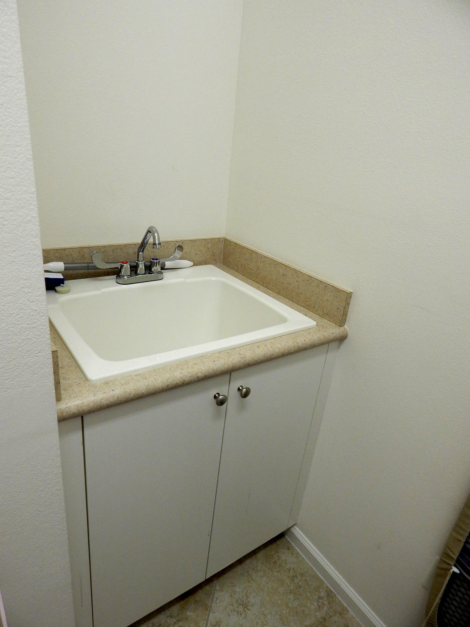 024 Laundry sink