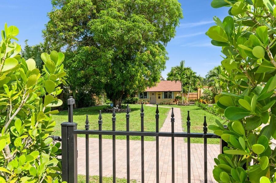 321 Plymouth Road  West Palm Beach, FL 33405