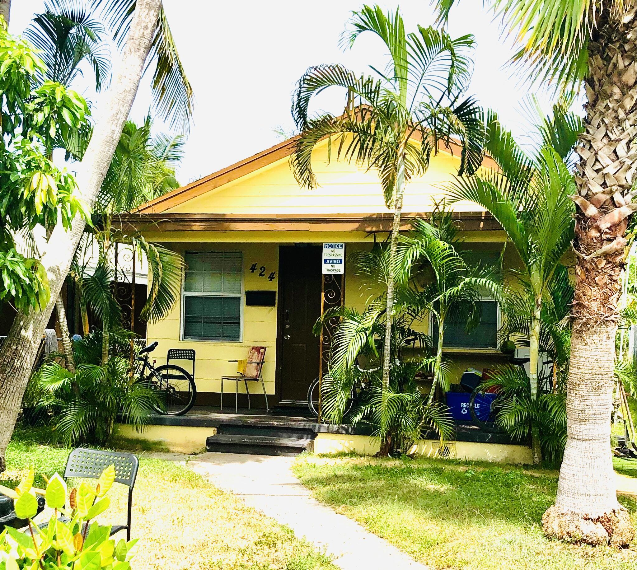 424 S E Street Lake Worth, FL 33460