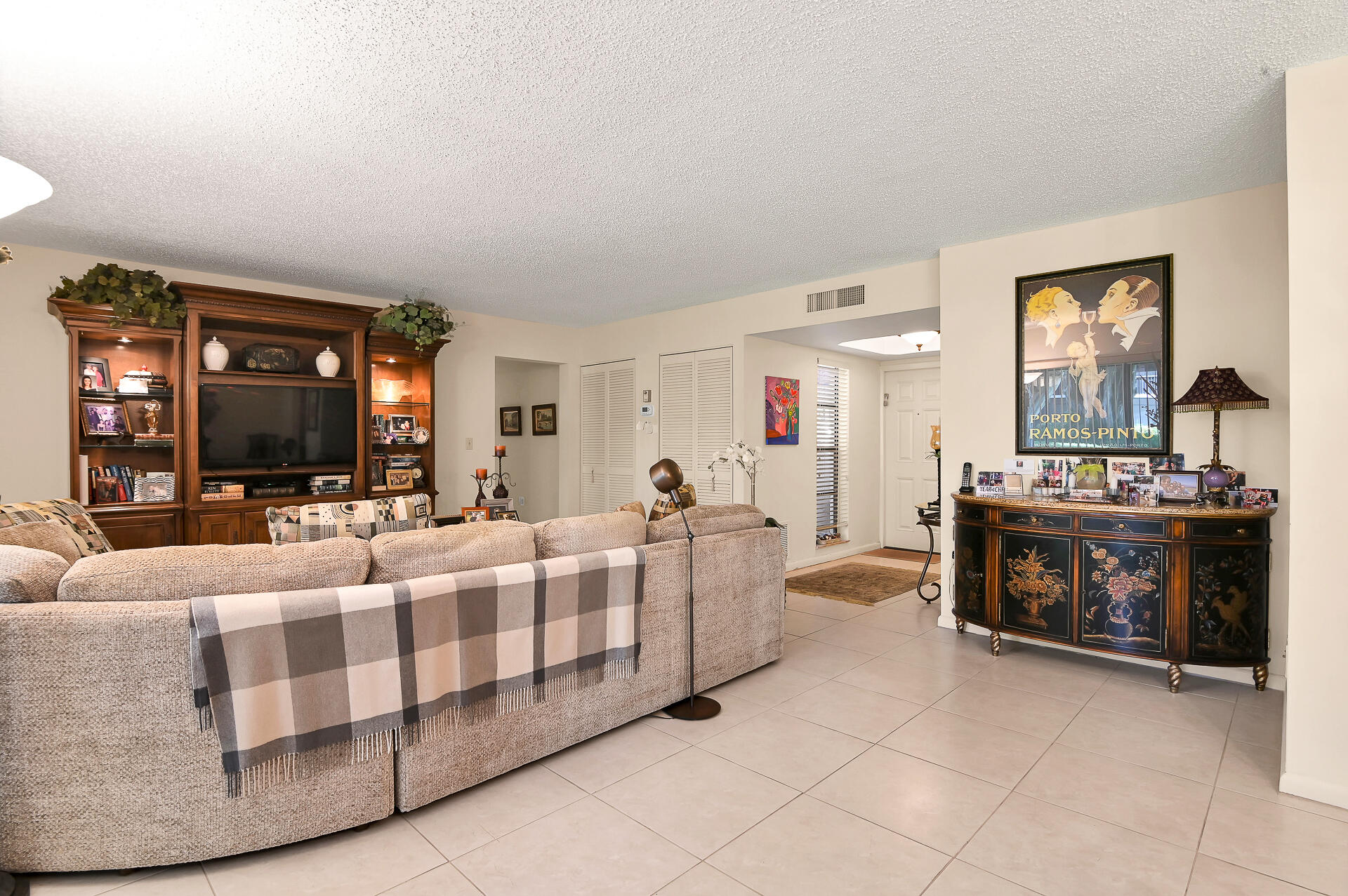 6878 NW Willow Wood Drive 303 For Sale 10745103, FL
