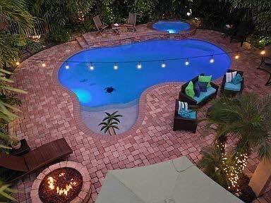 1118 Oakwater Drive  Royal Palm Beach, FL 33411