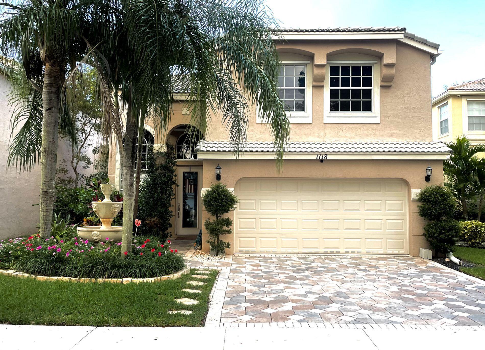 1118 Oakwater Drive Royal Palm Beach, FL 33411 photo 3