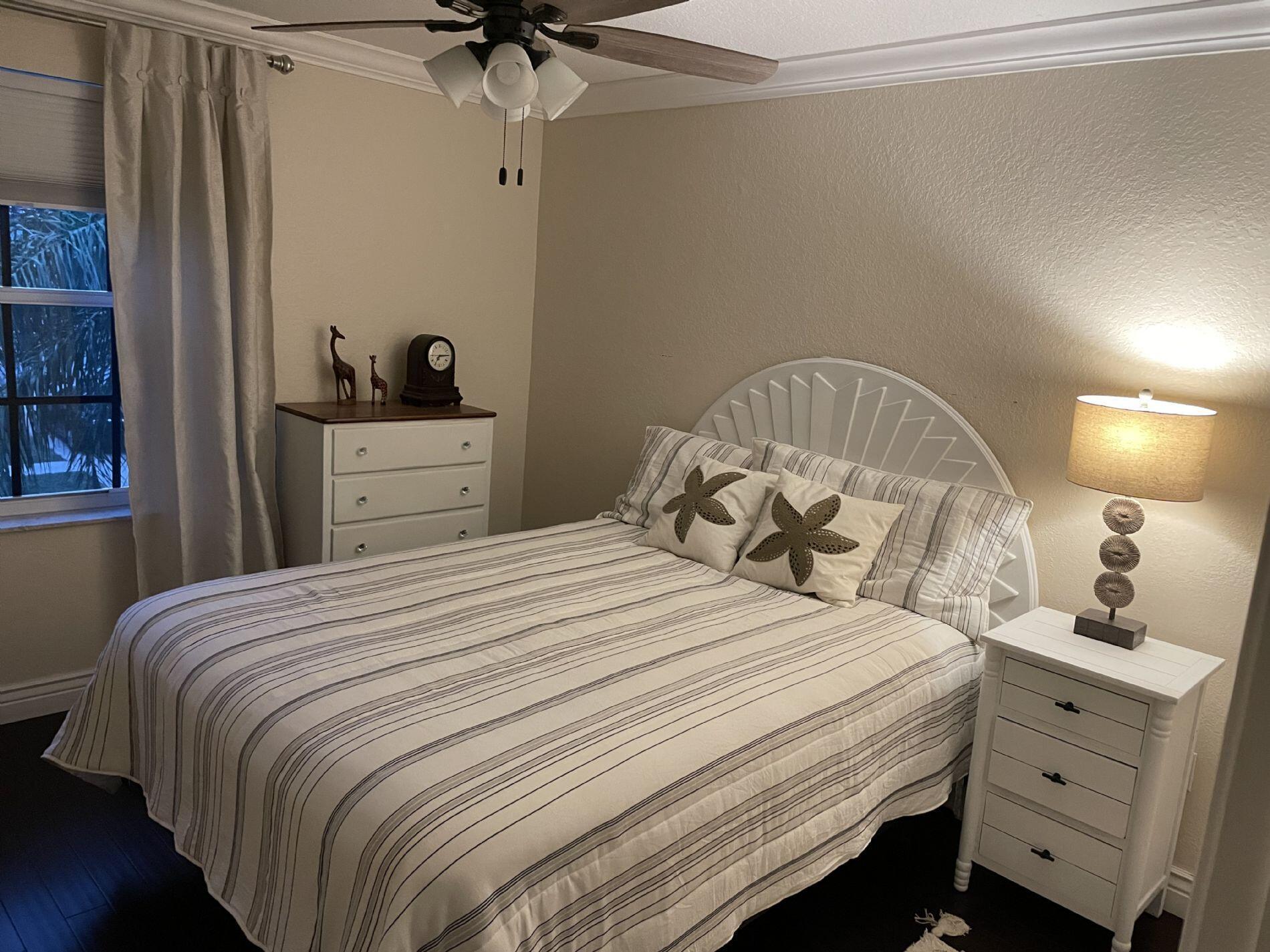 1118 Oakwater Drive Royal Palm Beach, FL 33411 photo 13