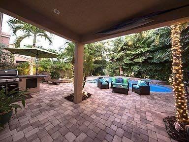 1118 Oakwater Drive Royal Palm Beach, FL 33411 photo 16