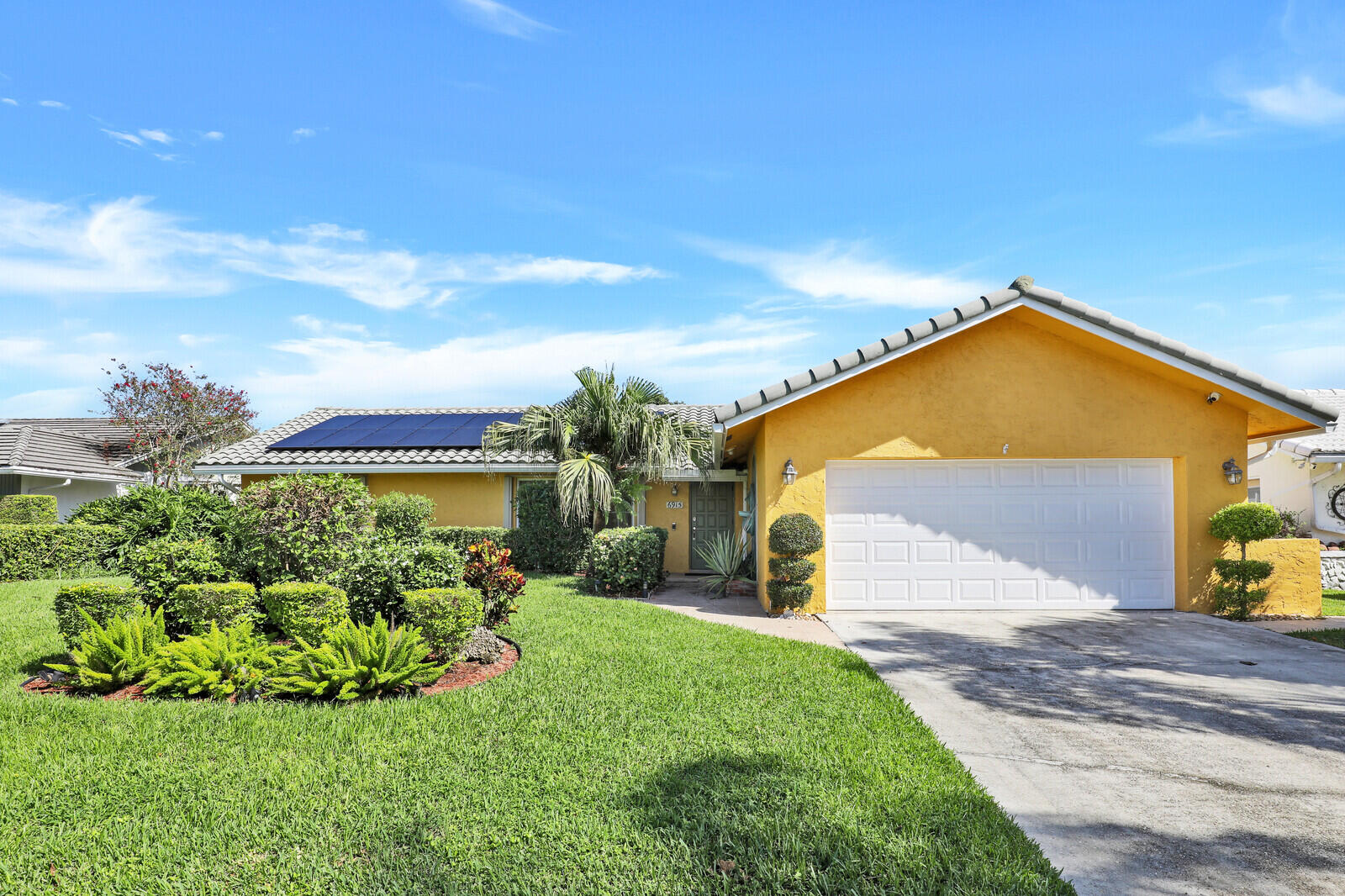6915 N Calle Del Paz N, Boca Raton, FL 33433