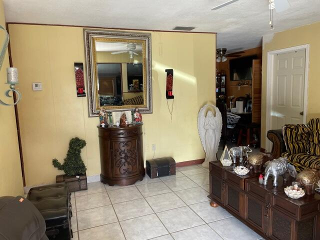 831 Belmont Drive West Palm Beach, FL 33415 photo 3