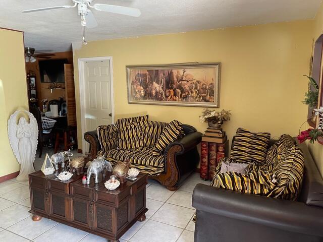 831 Belmont Drive West Palm Beach, FL 33415 photo 4