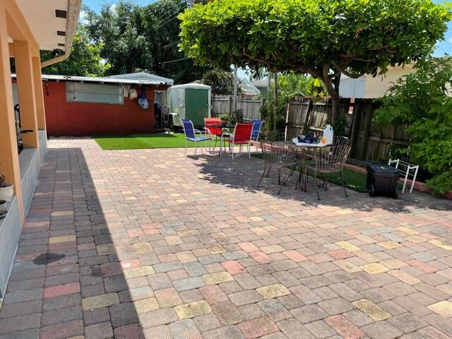 831 Belmont Drive West Palm Beach, FL 33415 photo 10
