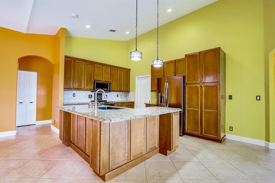 17281 Orange Grove Boulevard The Acreage, FL 33470 photo 2