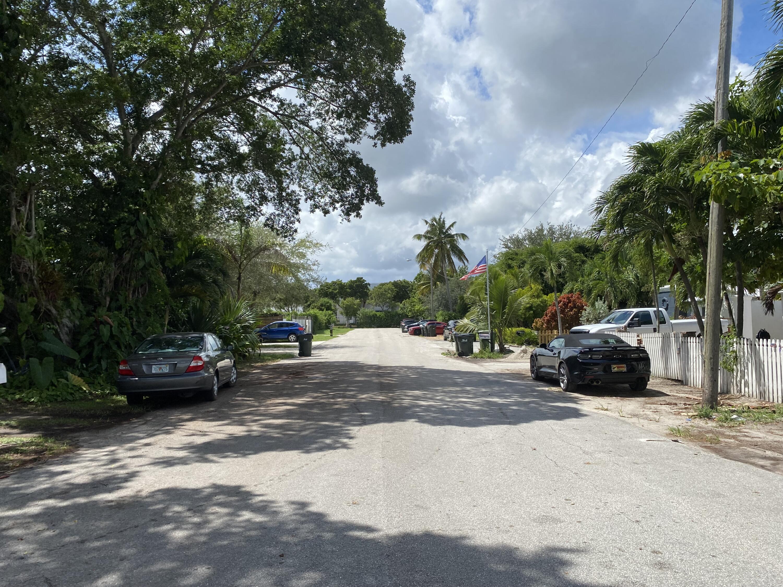 18 SW 6th Street Delray Beach, FL 33444 photo 12