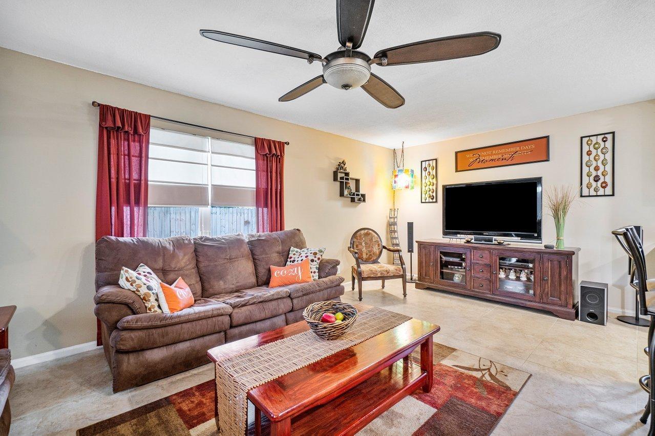 145 Heatherwood Drive Royal Palm Beach, FL 33411 photo 13