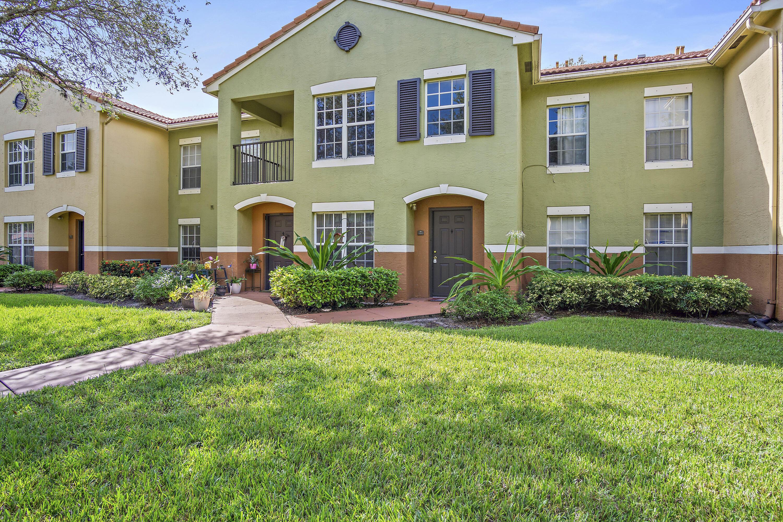 10324  Fox Trail Road 1104 For Sale 10745388, FL
