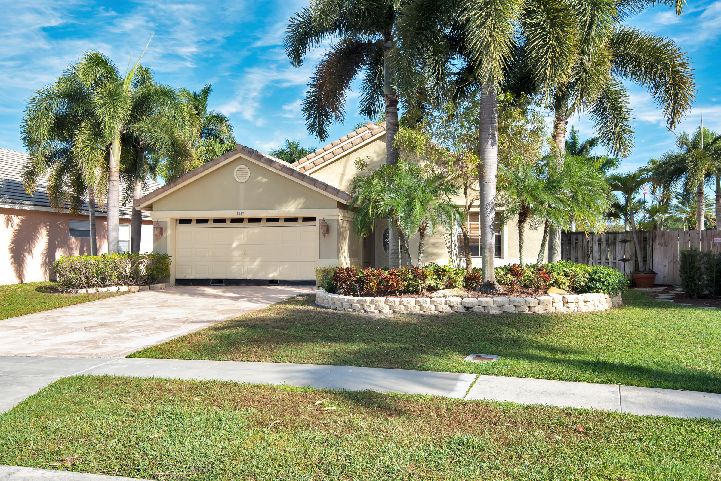 8697  Windy Circle  For Sale 10745465, FL