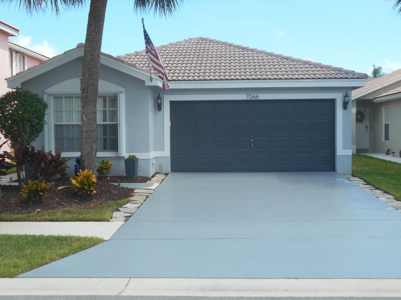 7066  Chesapeake Circle  For Sale 10745666, FL
