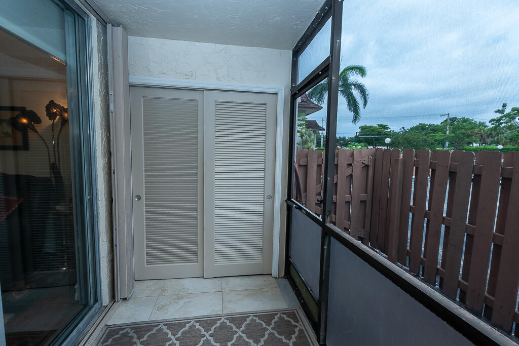 1000 NW 13 patio storage