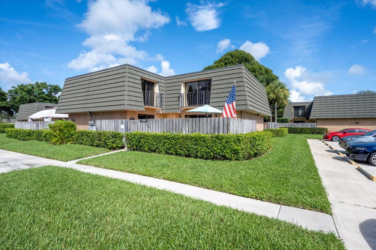3304 33rd Way West Palm Beach, FL 33407