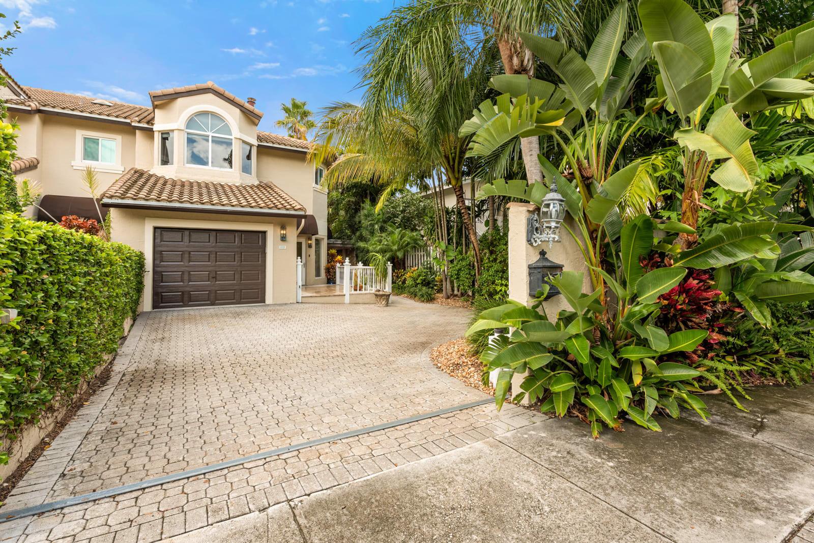 609 NE 16th Terrace  Fort Lauderdale FL 33304