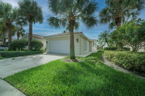 7762 Pine Island Way, West Palm Beach, FL 33411