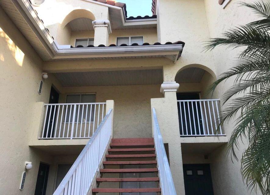 12202  Glenmoor Drive 12202 For Sale 10745977, FL