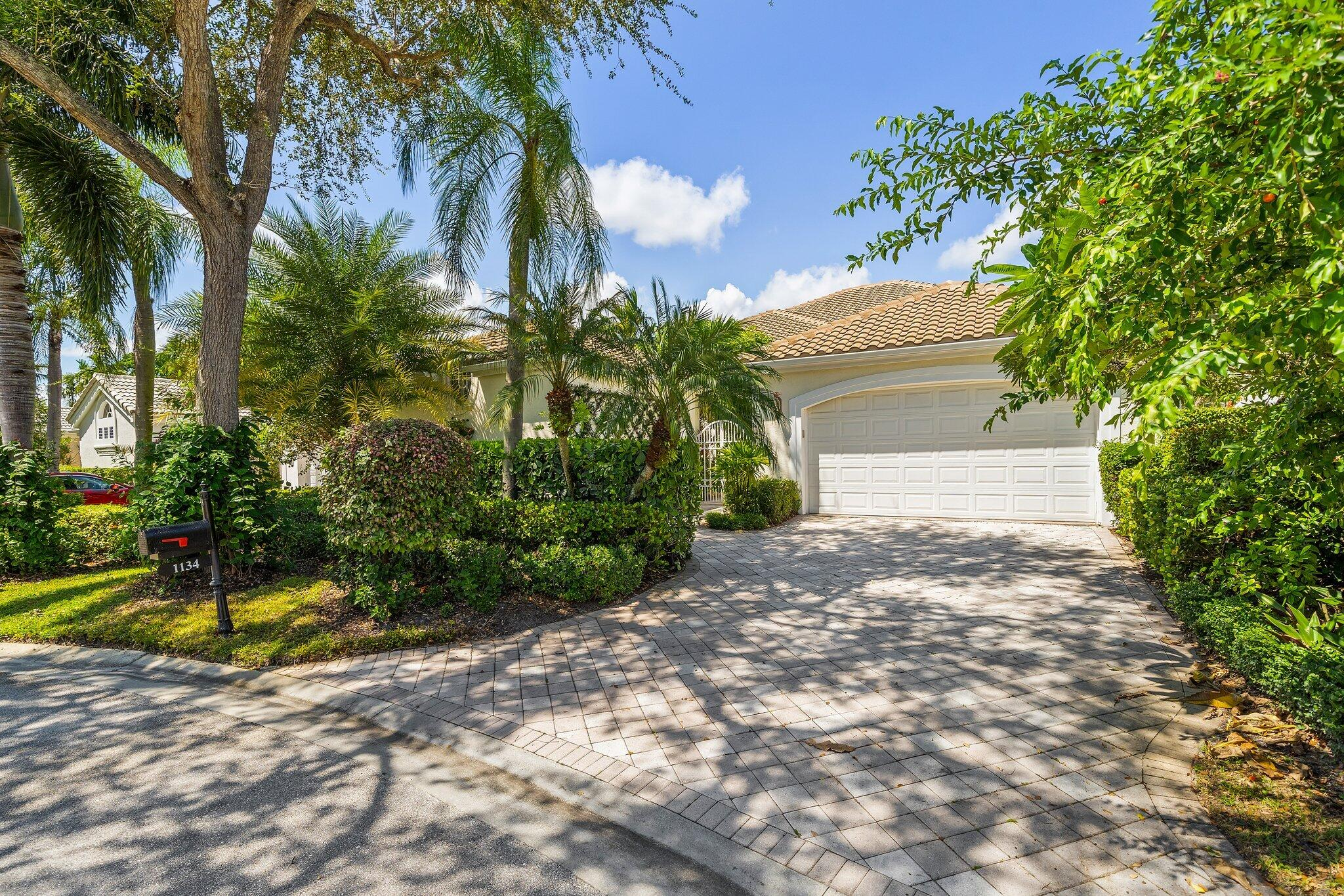 1134  Crystal Drive  For Sale 10746271, FL
