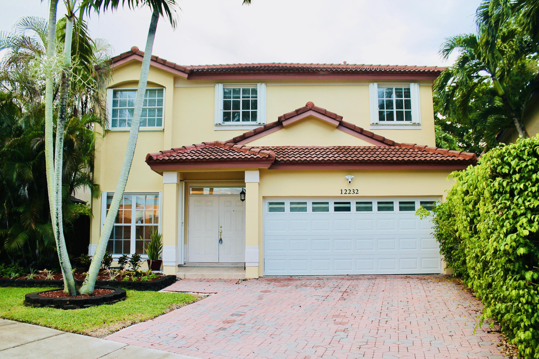 Home for sale in Bonita Lakes Miami Florida